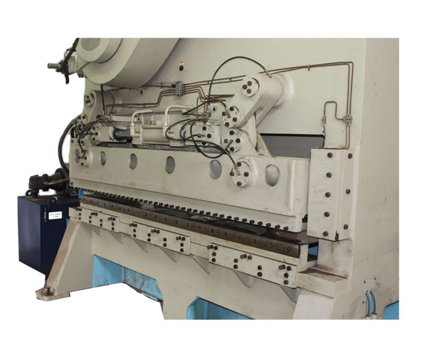 Automatic Lines For Circle Cutting From Coil Spray